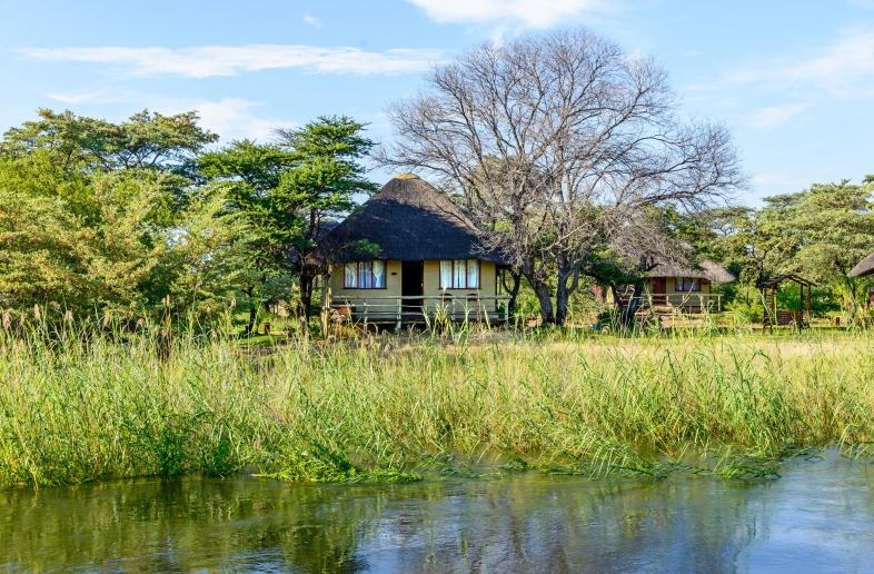 Hakusembe River Lodge – Chalet