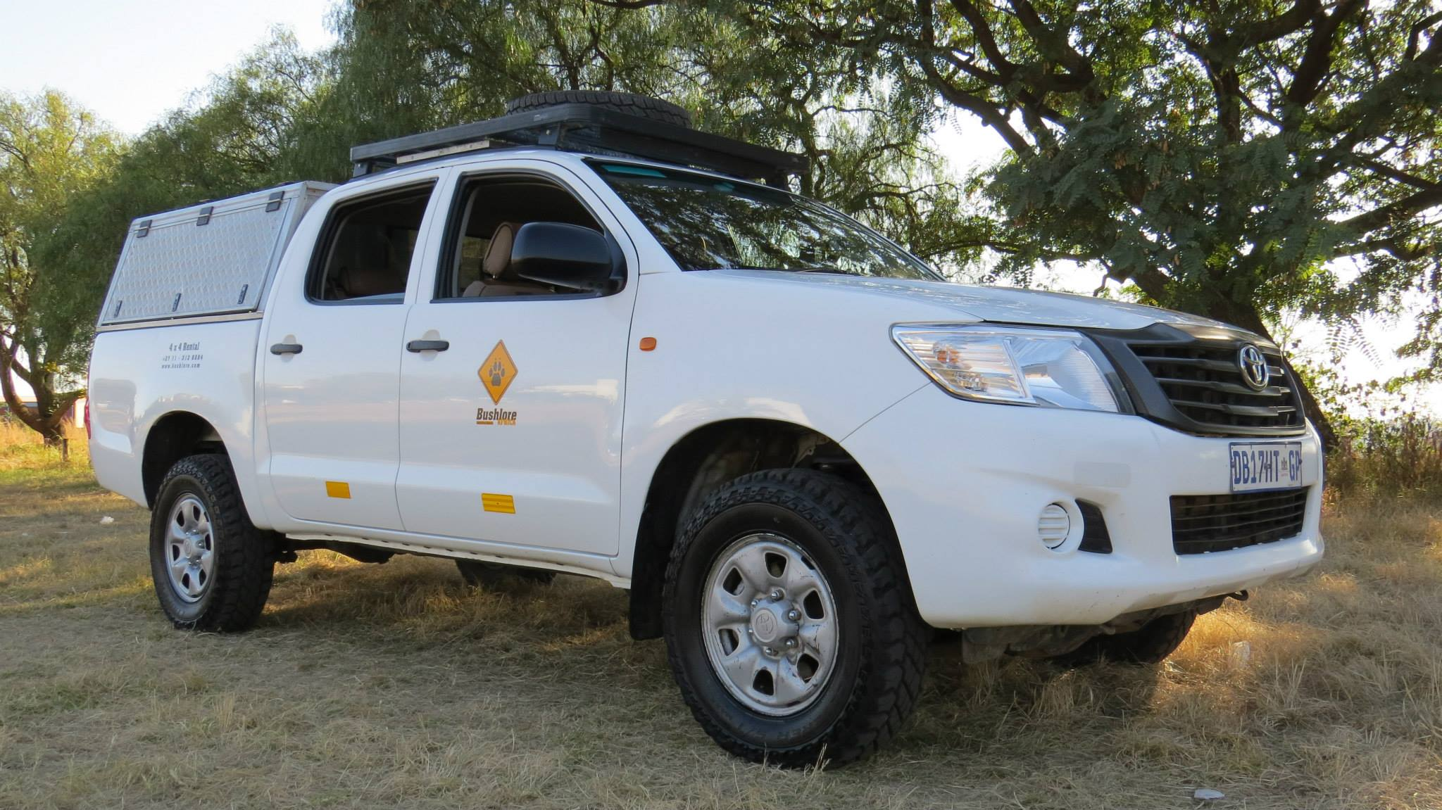 Toyota Hilux Double Cab 4×4 – no camping