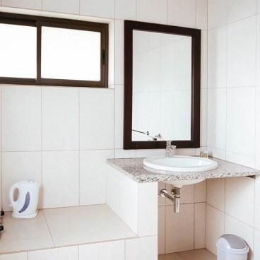 Erindi Camp Elephant Toilet & Shower