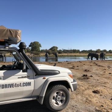 Self drive roadtrip Botswana